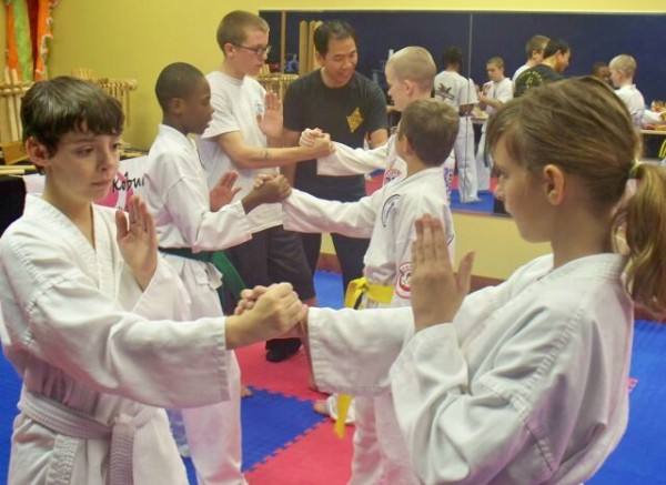 Wing Chun Kung Fu - Yorktown / Sifu Gorden Lu / Lo Man Kam Wing Chun